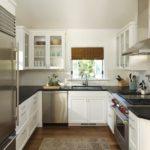 Дизайн белой кухни П-образной планировки