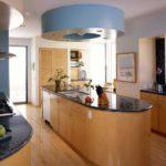 дизайн большой кухни островная планировка