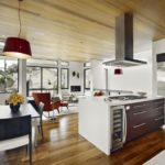 дизайн большой кухни в эко стиле