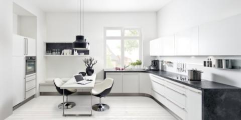 Интерьер кухни в белом ключе
