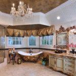 Большая ванная барокко парча и позолота