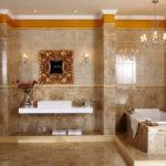 Большая ванная комната в позднем античном стиле