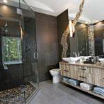 Большая ванная в серо-коричневой гамме