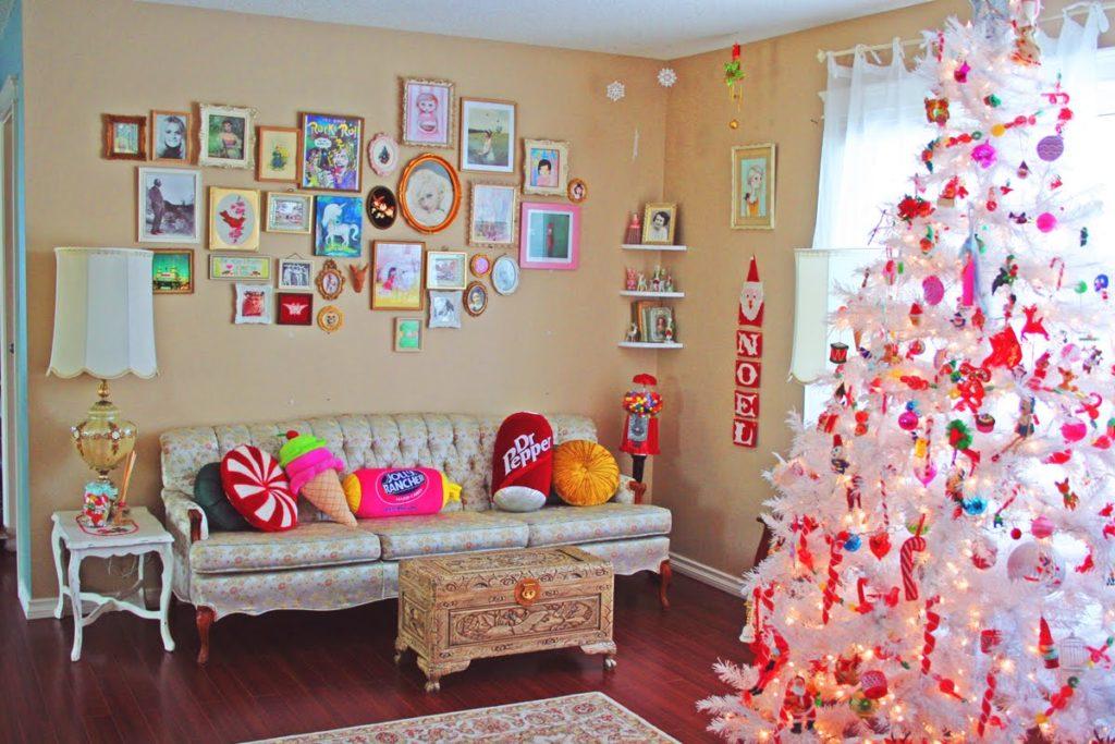 Декор детской комнаты елка