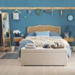 Декор спальни евровагонка в матовых тонах