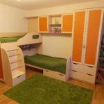 Дизайн детской комнаты для двух разнополых детей угловая кровать в два яруса