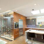 Дизайн кухни в современном стиле с бар-стойкой