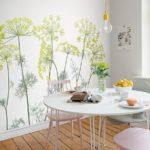Фотообои в интерьере кухни макросъемка с зеленью на белом фоне