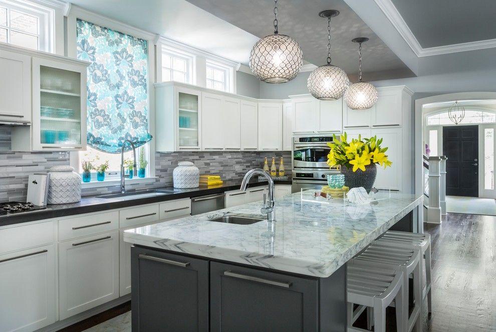 Серая палитра кухни добавьте больше света