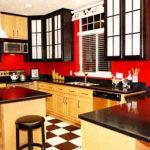 Сочетание цветов интерьер кухни коричневый и красный на светлом фоне