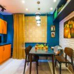 Сочетание цветов интерьер кухни опанжевый на синем против белого и коричневого