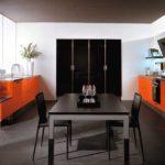 Сочетание цветов интерьер кухни оранжевый и черный