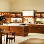 Сочетание цветов интерьер кухни светло-бежевый и коричневый