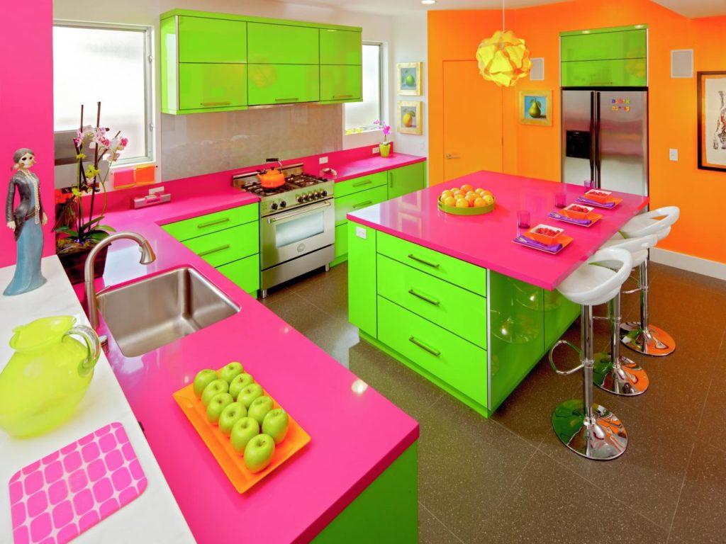 Сочетание цветов интерьер кухни триада три основных