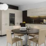 Современная кухня светло-бежевый гарнитур