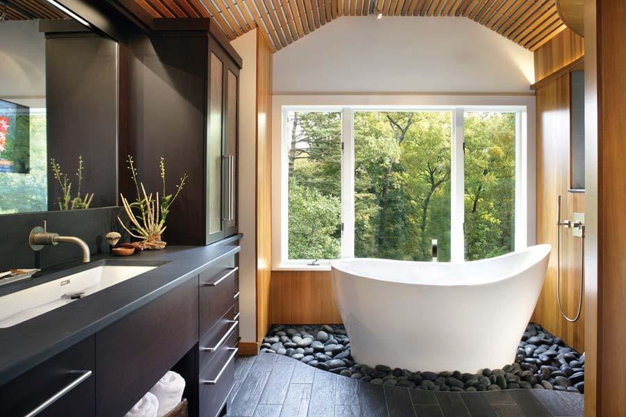 идеи интерьера ванной с окном