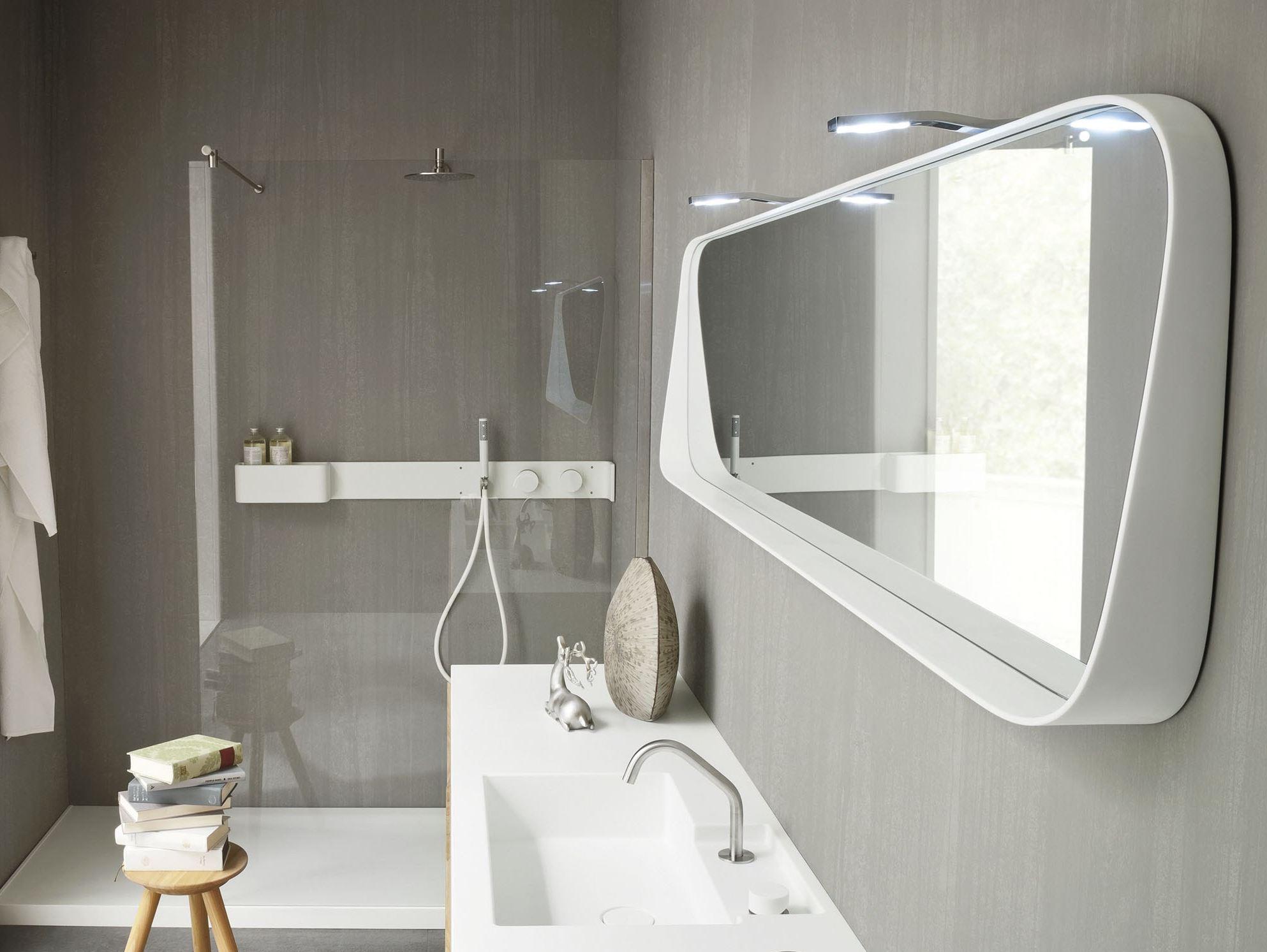 ванная комната 5 кв м с зеркалом