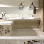 ванная комната с окном натуральные оттенки