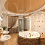Ванная комната в частном доме кафель с гипсом и натяжные потолки