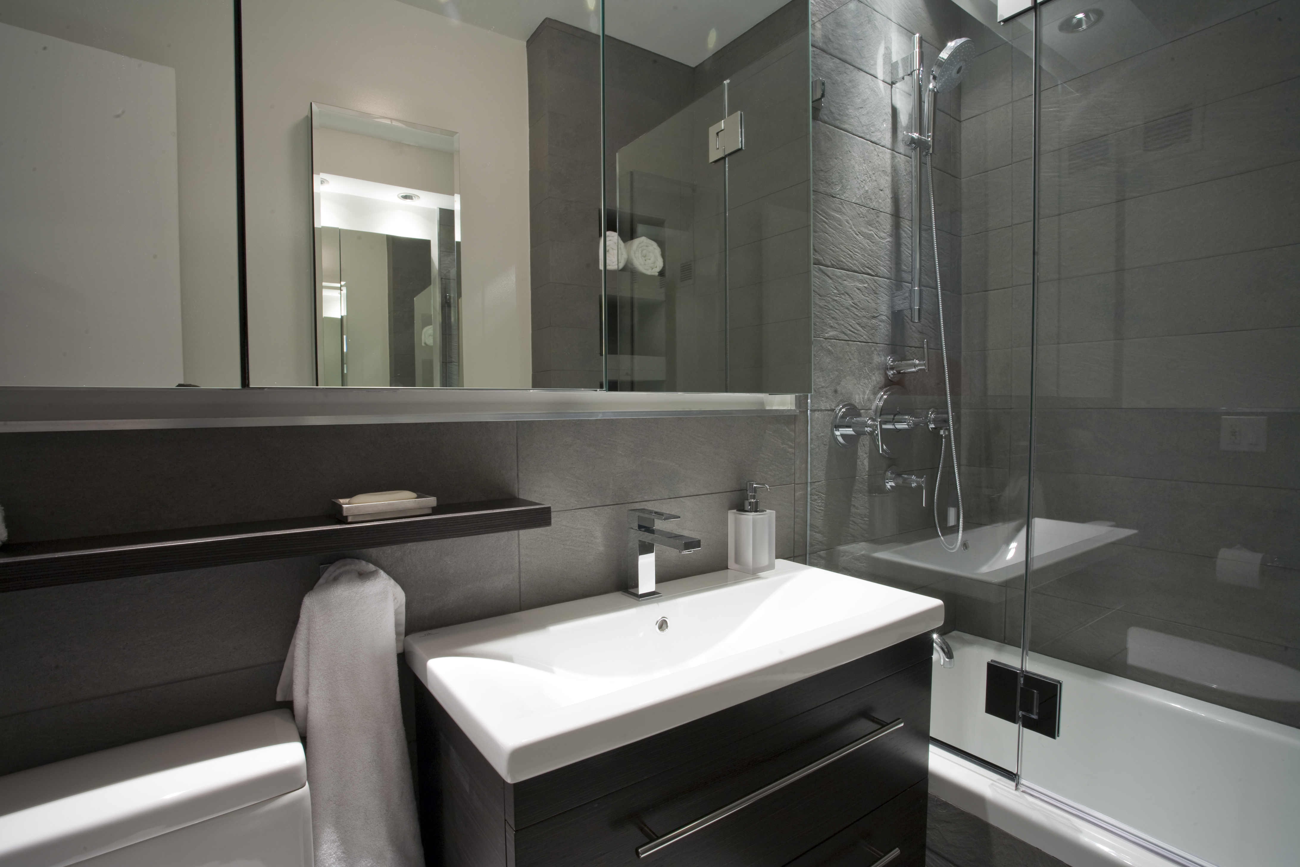 HGTV has inspirational pictures and expert tips on small bathroom decorating ideas that add style and appeal to a snug bathroom space