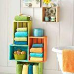 Декор ванной комнаты тумбочка из крашеных ящиков