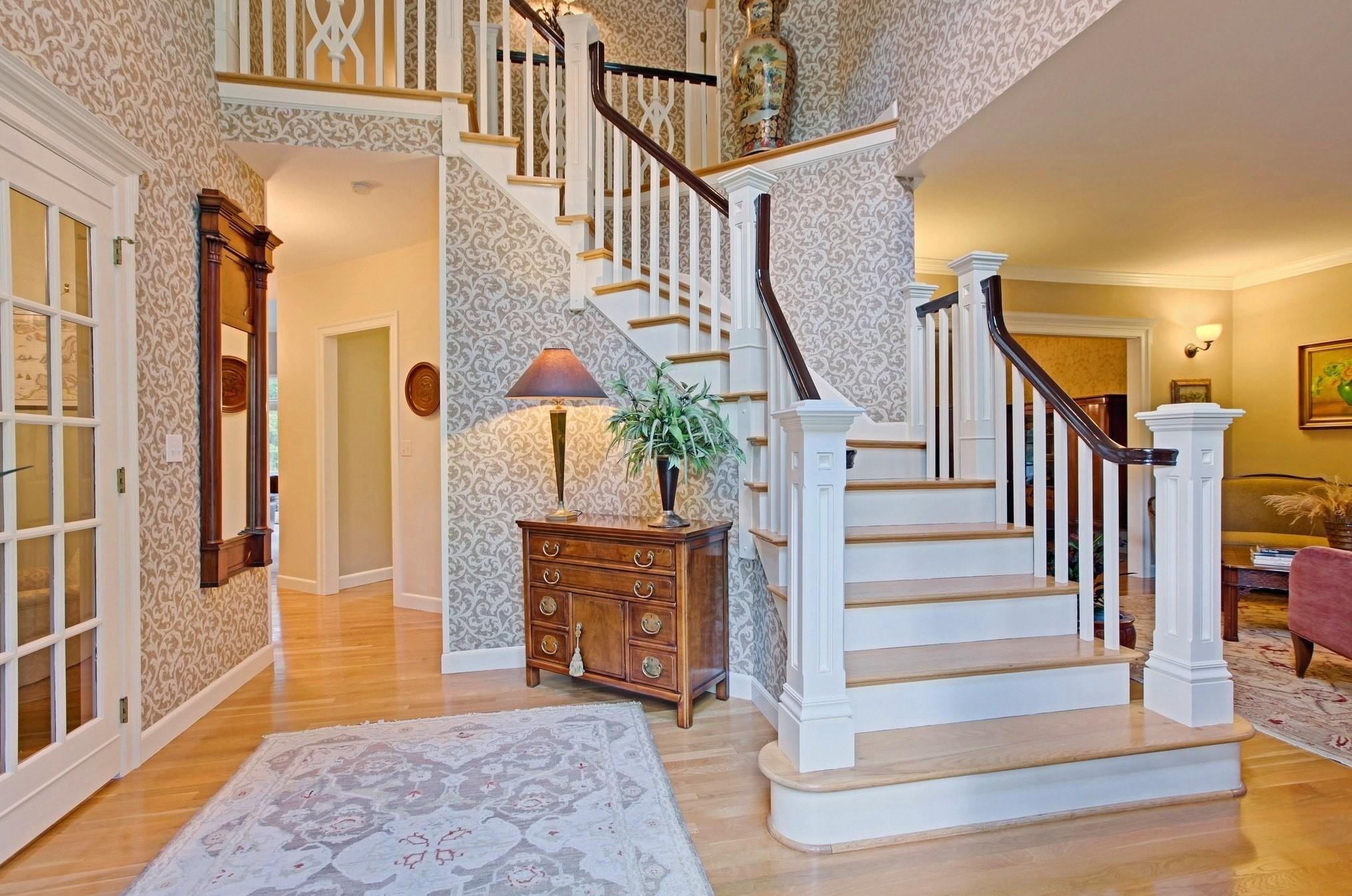 дизайн интерьера холла в доме