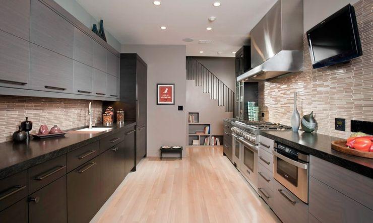Дизайн кухни в частном доме параллельная планировка