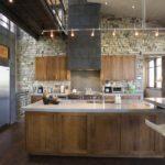 Дизайн кухни в частном доме в лофтовом стиле