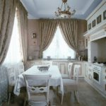 Дизайн кухни в частном доме в стиле барокко
