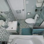 Дизайн ванной комнаты в хрущевке с узким шкафом-пеналом