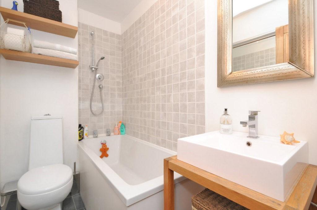 Дизайн ванной комнаты в хрущевке с ванной