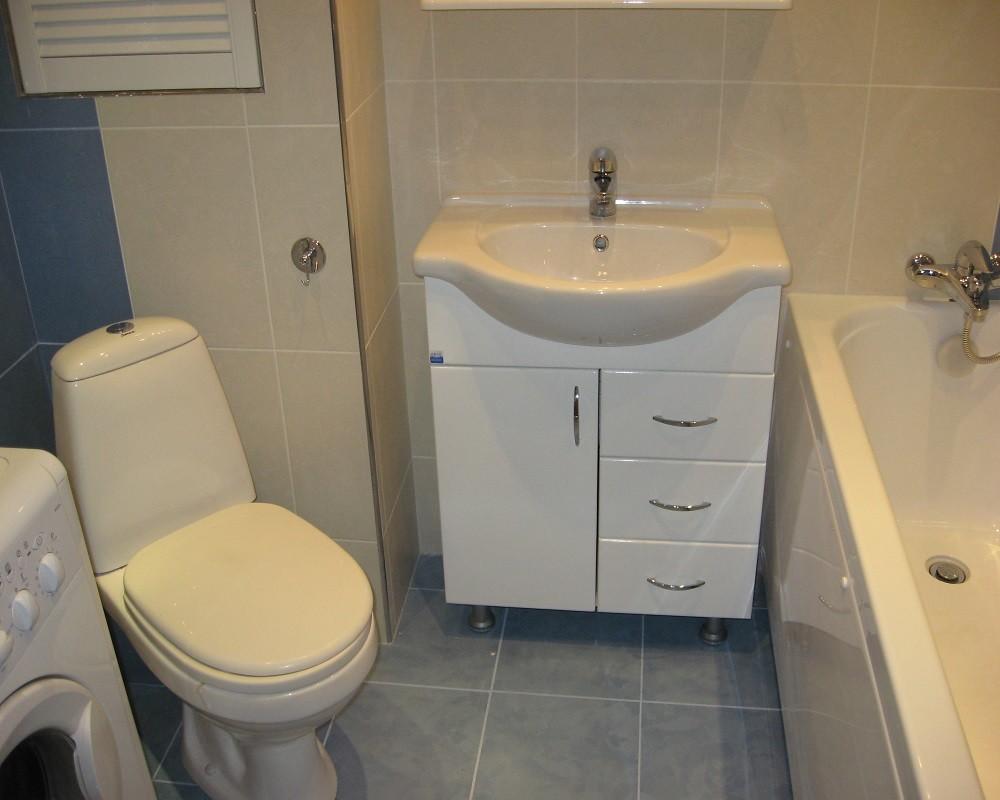 Дизайн ванной комнаты в хрущевке в светлых тонах