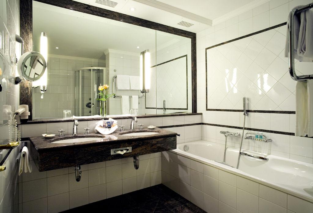 Дизайн ванной комнаты в хрущевке зеркало