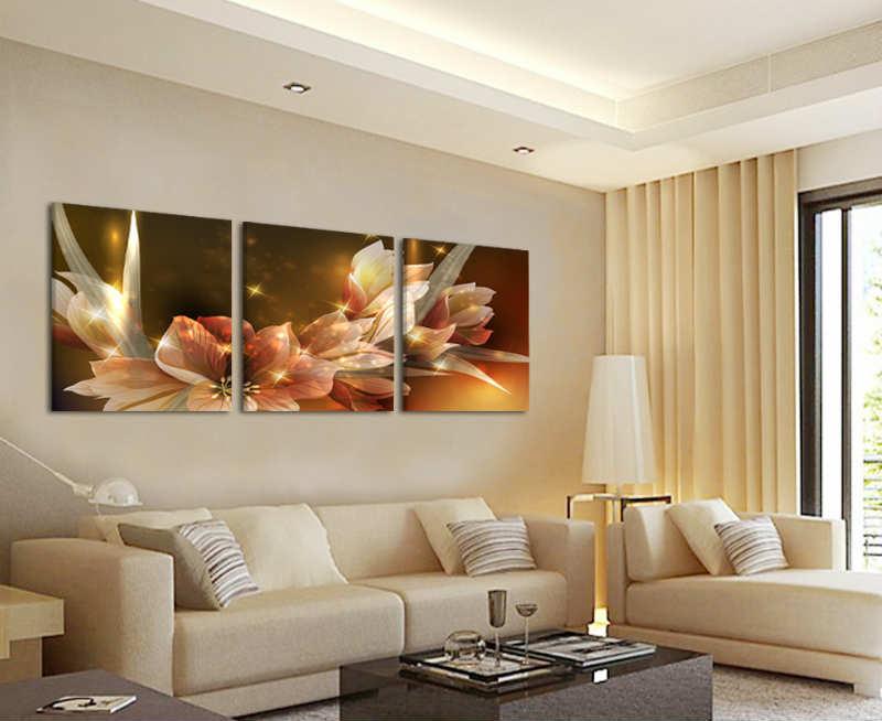 Картины в интерьере гостиной модульные