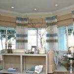 шторы на окнах в гостиной идеи