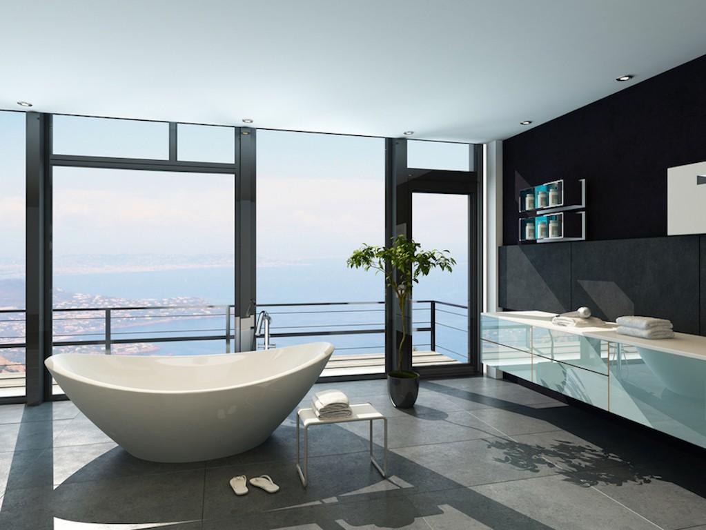 современный дизайн ванной комнаты с белой ванной