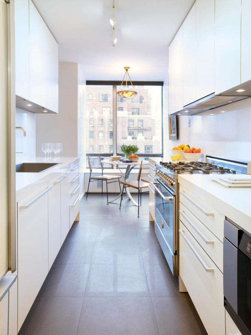 узкая кухня декор идеи