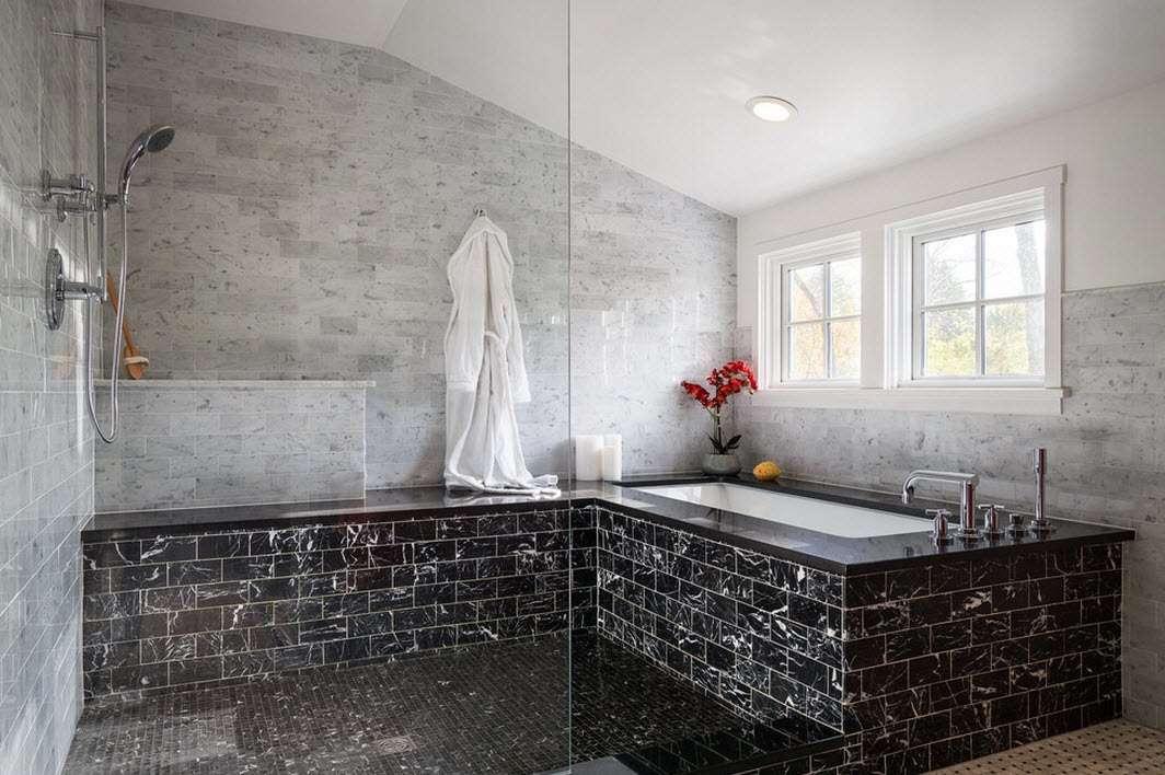 ванная с душевой кабиной декор