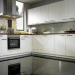 пример красивого интерьера кухни гостиной 16 кв.м картинка