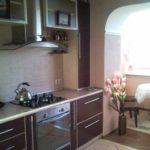 пример яркого декора кухни гостиной 16 кв.м фото