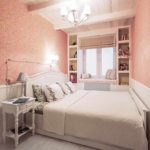 вариант светлого интерьера спальни в хрущевке фото