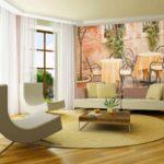 вариант светлого декора обоев для гостиной картинка
