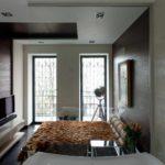 идея светлого декора спальни в хрущевке фото