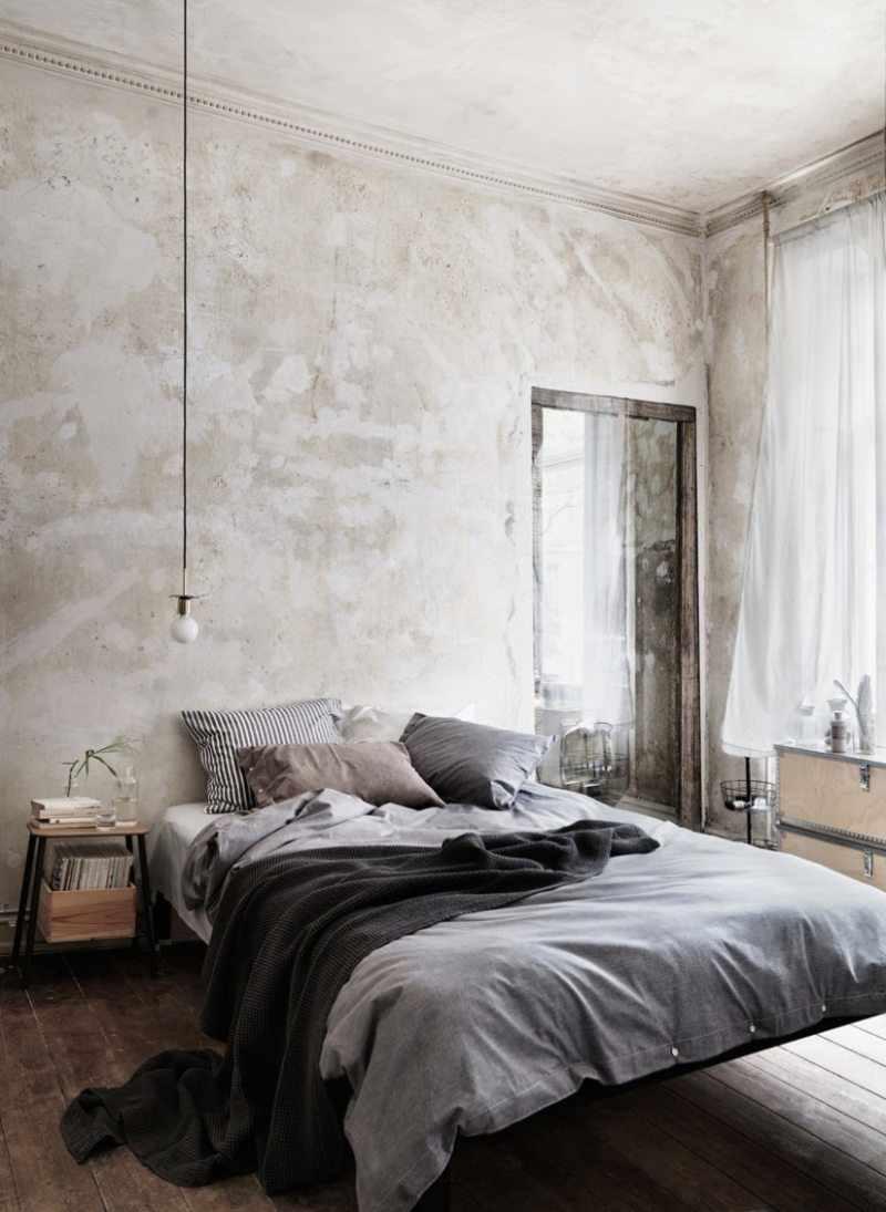 вариант яркого интерьера спальни в хрущевке