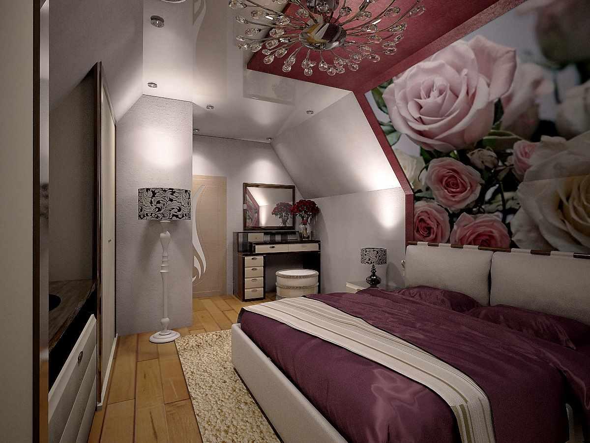 вариант необычного декора спальни в мансарде