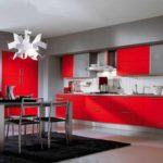 пример необычного интерьера красной кухни фото