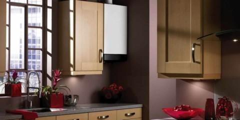 вариант яркого стиля кухни с газовым котлом фото