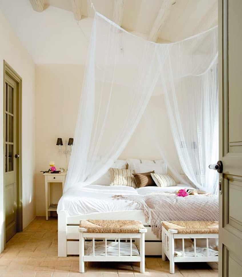 идея яркого стиля спальной комнаты