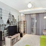 идея яркого стиля обоев для гостиной фото