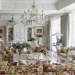 вариант светлого дизайна прованс в гостиной фото